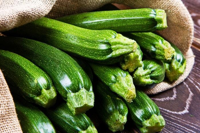 Growing zucchini in the vegetable garden